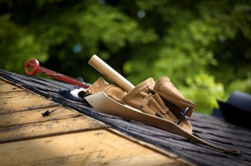 Was macht ein Dachdecker?