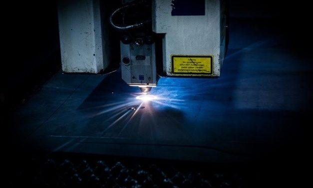 Auf den Millimeter genau: Wie funktioniert das Laserschneiden? Interview mit TEPROSA